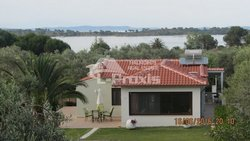 detached house for Rent - Sithonia